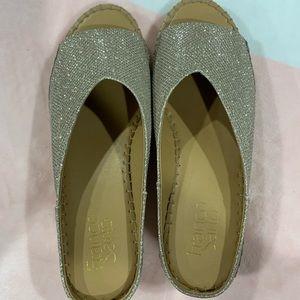 59b0a65a9484 Franco Sarto Shoes - Sandals gold glitter